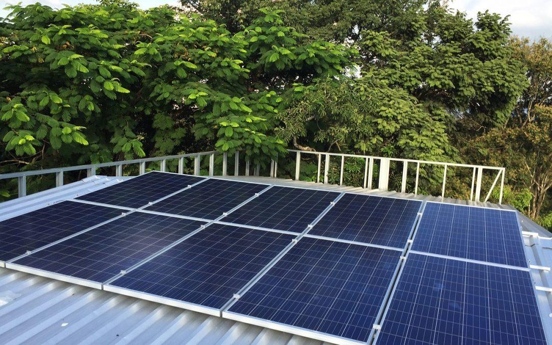 Limpieza de Placas Solares: cómo hacerlo de forma sencilla y eficiente
