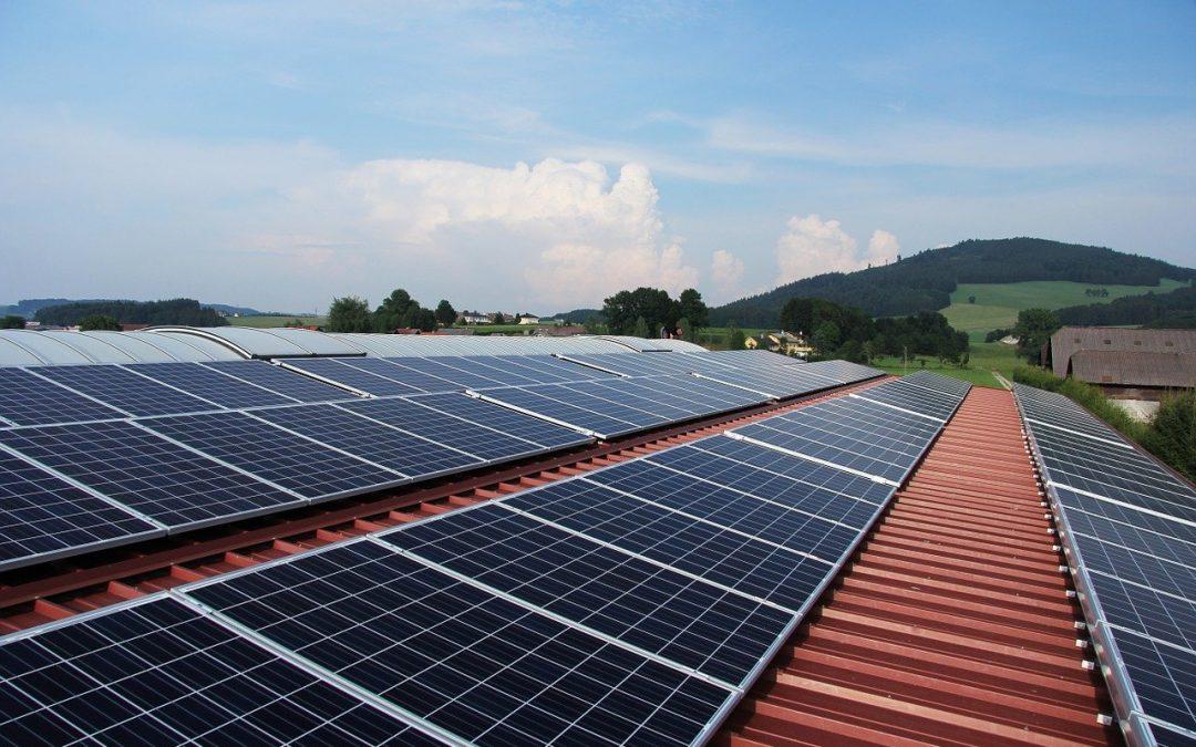 ¿Cómo solicitar las ayudas para placas solares?